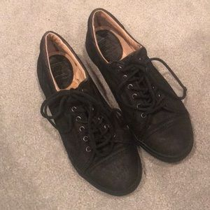 Frye Kira Black Leather Sneaker